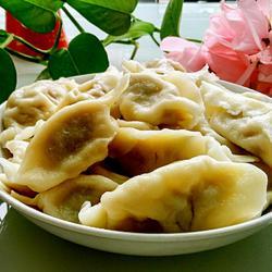 羊肉酸菜饺子