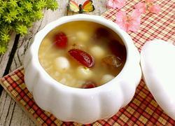 桂圆红枣莲子粥