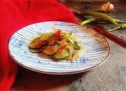 黄瓜炒洋葱