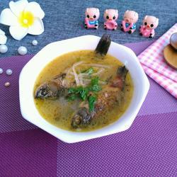 鲫鱼白萝卜汤