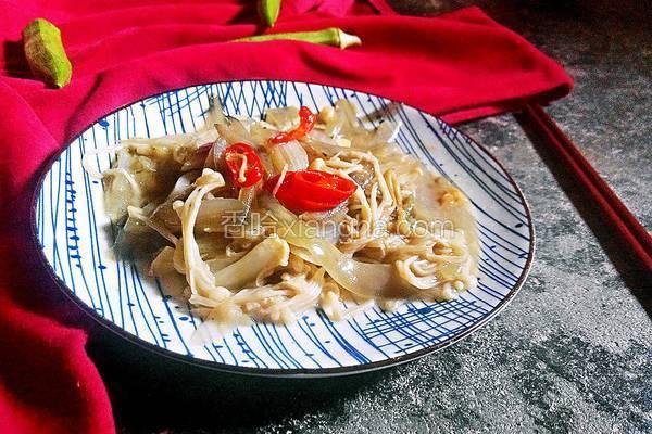 洋葱炒金针菇