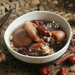 花生猪脚筋汤