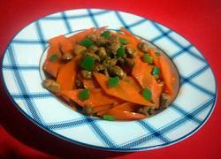 胡萝卜炒鸡丁
