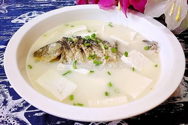 鲫鱼豆腐汤