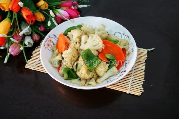 菜椒胡萝卜炒花菜