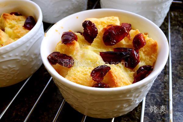 焗烤蔓越莓吐司布丁