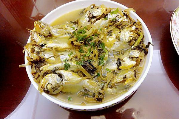 梅干菜煮小黄鱼