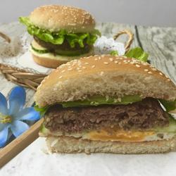 牛肉鸡蛋大汉堡的做法[图]