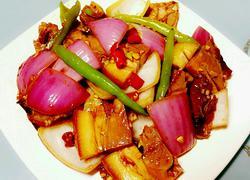 洋葱拌烧肉