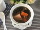 莲藕海带排骨汤的做法[图]