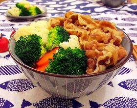 蔬菜小牛飯[圖]