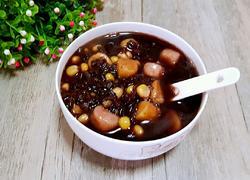 黑米芋圆粥