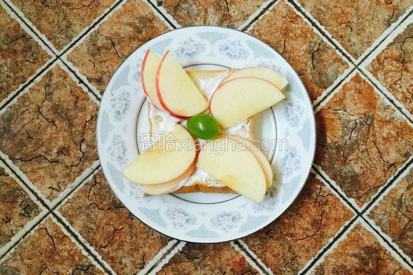 苹果酸奶吐司