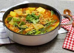 韩国牛肉豆腐锅