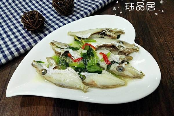 剥皮鱼煮芹菜