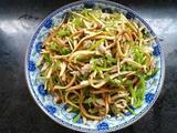青椒香干炒肉丝的做法[图]
