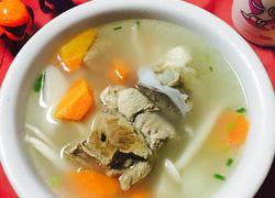 胡萝卜山药大骨头汤