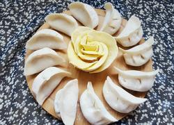 猪肉虾仁韭菜水饺
