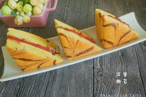 千叶纹草莓夹心蛋糕