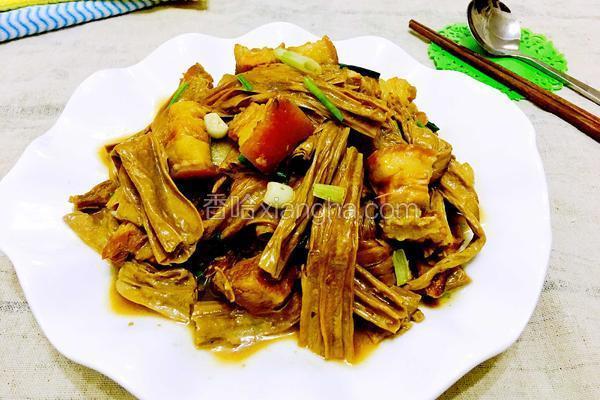 黑腐竹红烧肉