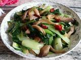 蘑菇炒青菜的做法[图]