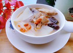 白萝卜枸杞红枣猪骨汤