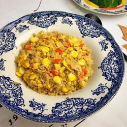 鲔鱼玉米蛋炒藜麦饭