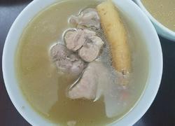 猪肚排骨煲鸡汤