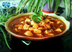 肉片皮蛋炖豆腐
