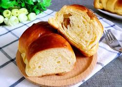 雅克葡萄卷面包