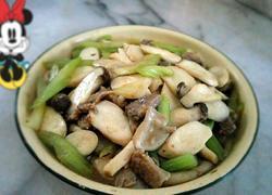 芹菜炒杂菇