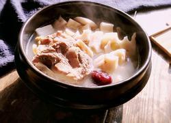 莲藕红枣猪骨汤
