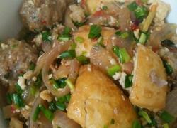 肉丸焖豆腐