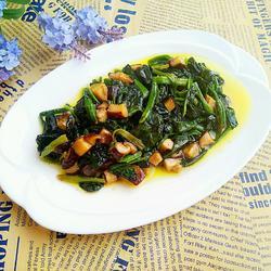 香菇丁炒菠菜