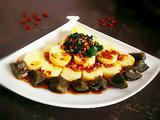 韭菜皮蛋拌豆腐的做法[图]