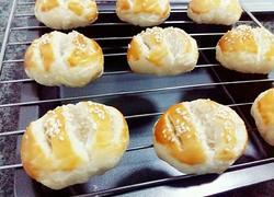 老婆饼(香椰芝麻糯米馅)