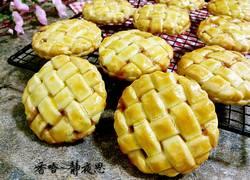 草莓酱夹心编织饼干