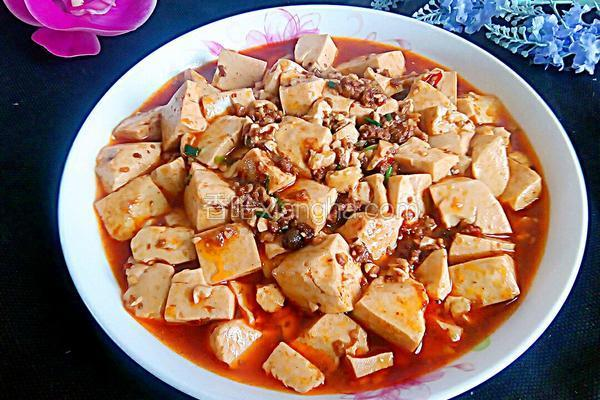 肉末酱烧豆腐
