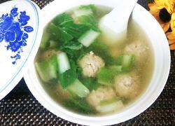 老鸭奶白菜猪丸汤