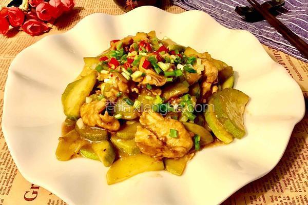 鸡肉片炒西葫芦