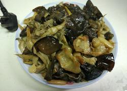 木耳平菇炒肉