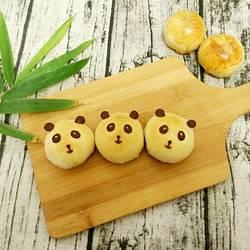 熊猫蛋黄酥