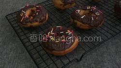 巧克力甜甜圈的做法图解38