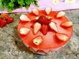 草莓酸奶慕斯蛋糕(8寸)的做法[图]