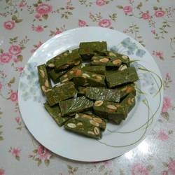 抹茶味坚果牛轧糖