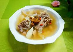 姬松茸山药骨汤