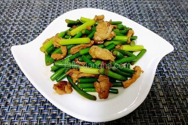 蒜苗藤椒油小炒肉