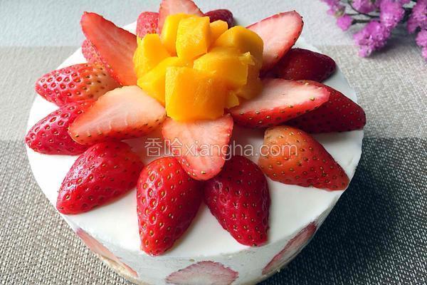 六寸草莓芝士蛋糕