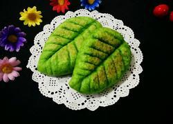 小树叶豆沙饼