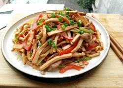 芹菜香干炒肉